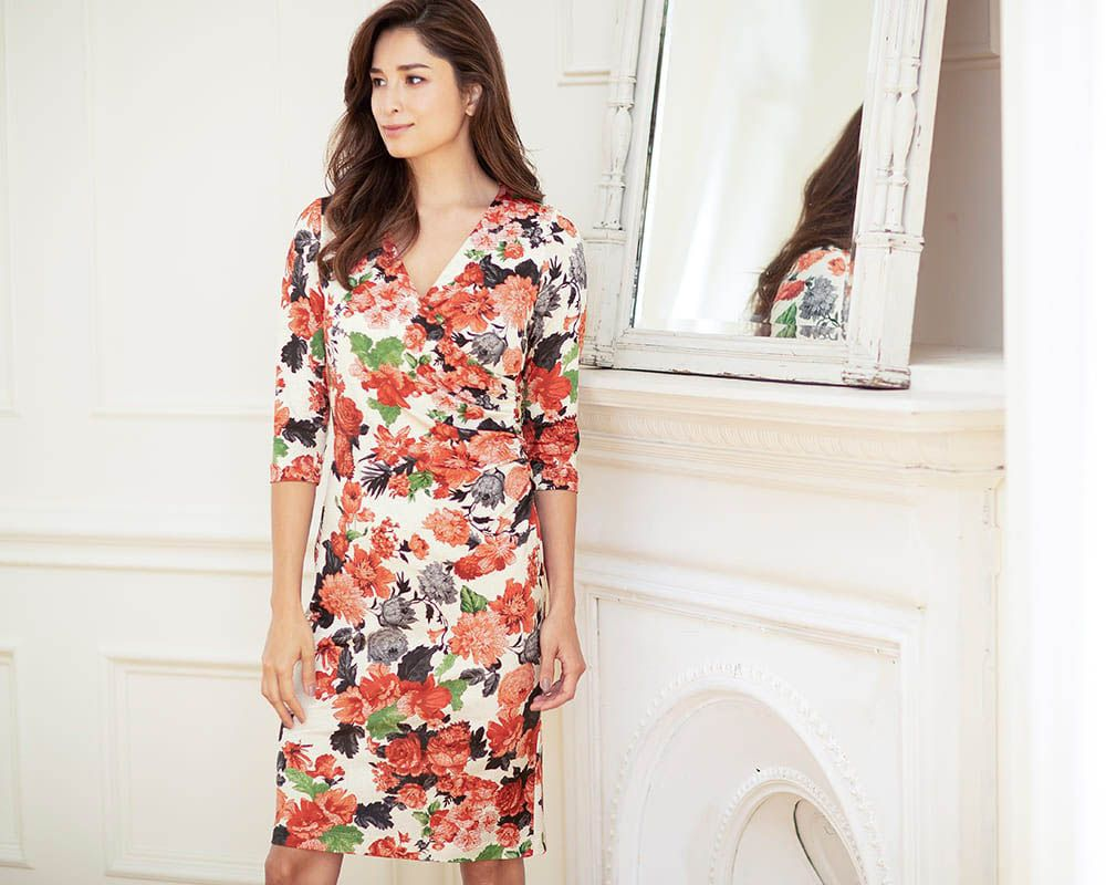 3b989a57e5dc6 A dramatic dress fitting for a heroine
