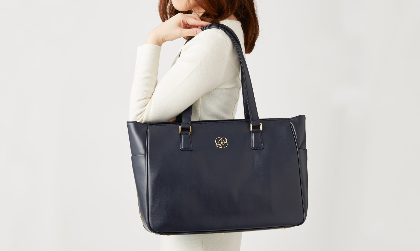 10_Airy_Tote_Long_Shoulder_Straps.jpg