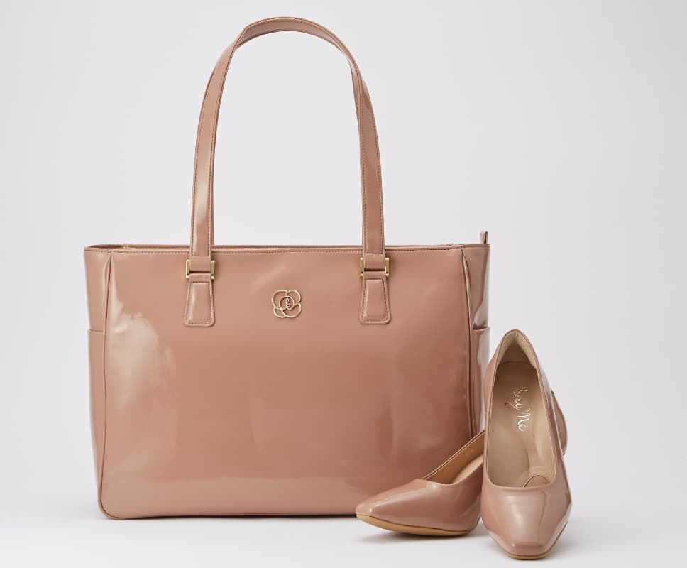 07_Airy_Tote_Feature_Matching_Pumps.jpg