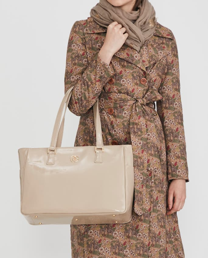 15_Airy_Tote_Coordinate_Quilted_Coat_2_Mobile.jpg