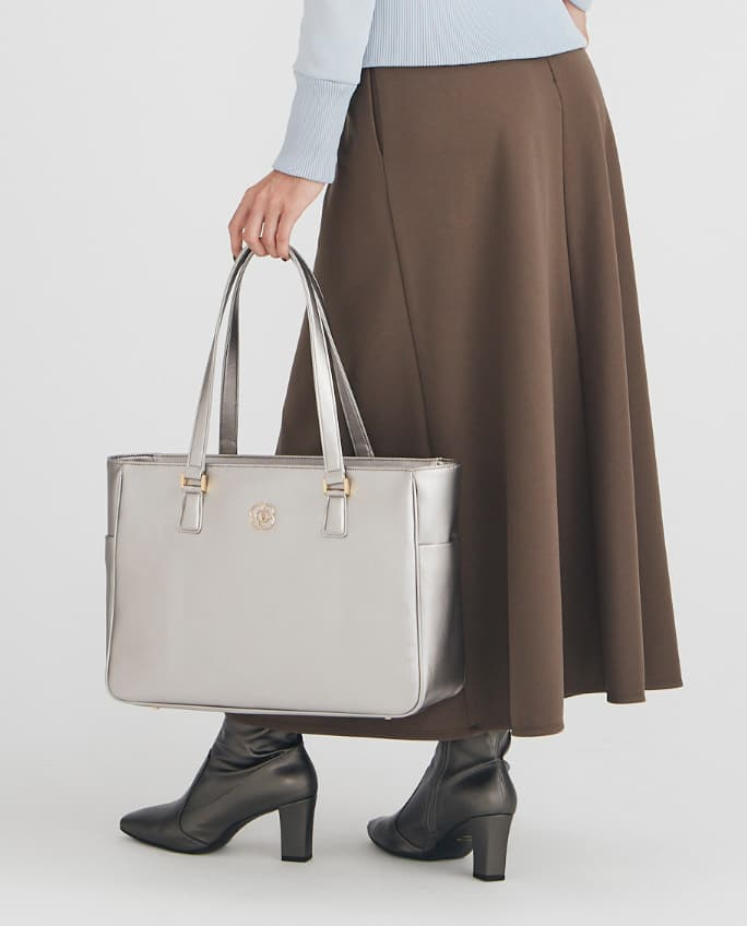 17_Airy_Tote_Coordinate_Park_Travel_2_Mobile.jpg