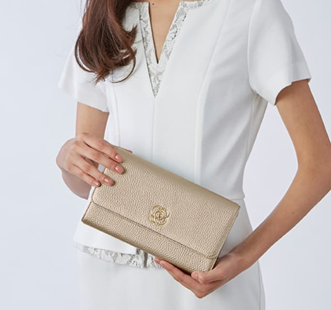 45_29_Pocket_Wallet_Bag_MV_Mobile.jpg
