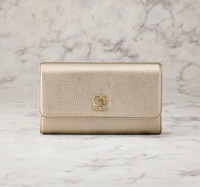 49_Thumbnail_29_Pocket_Wallet_Bag_Champagne_Gold_Mobile.jpg