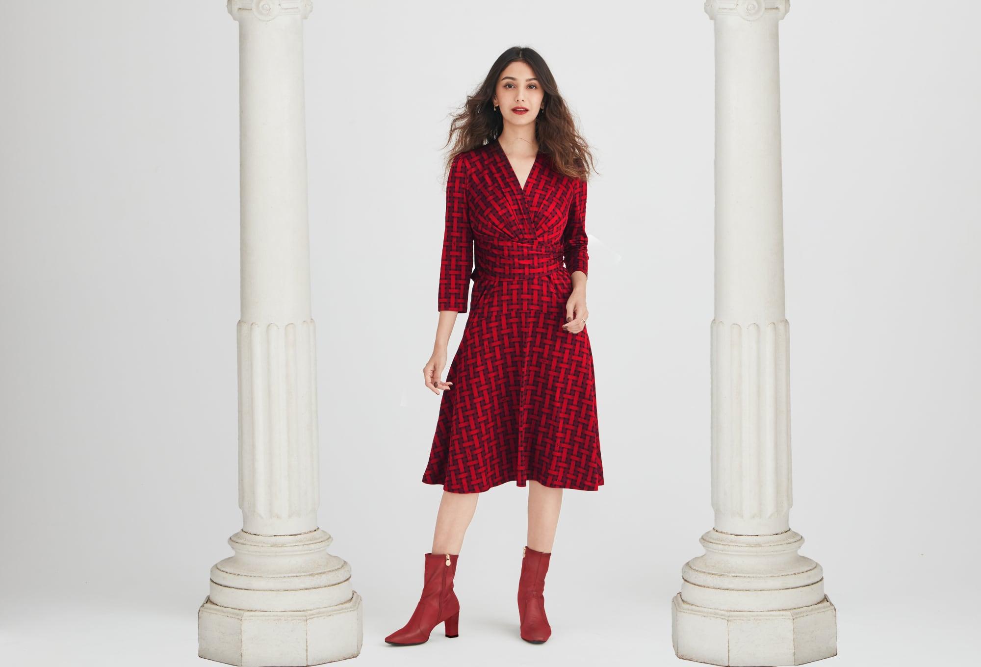 01_MV_Red_Check_CacheCoeur_Dress.jpg