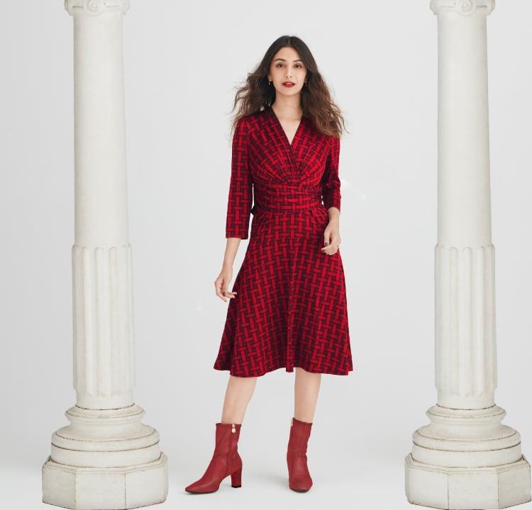 01_MV_Red_Check_CacheCoeur_Dress_Mobile.jpg
