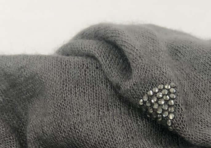 03-Super-Soft-Cashmere-Detail_mobile.jpg