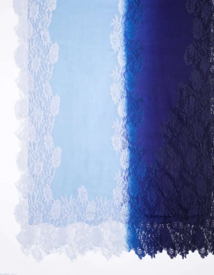 11_Lace_Gradation_Blue_Stole_mobile.jpg