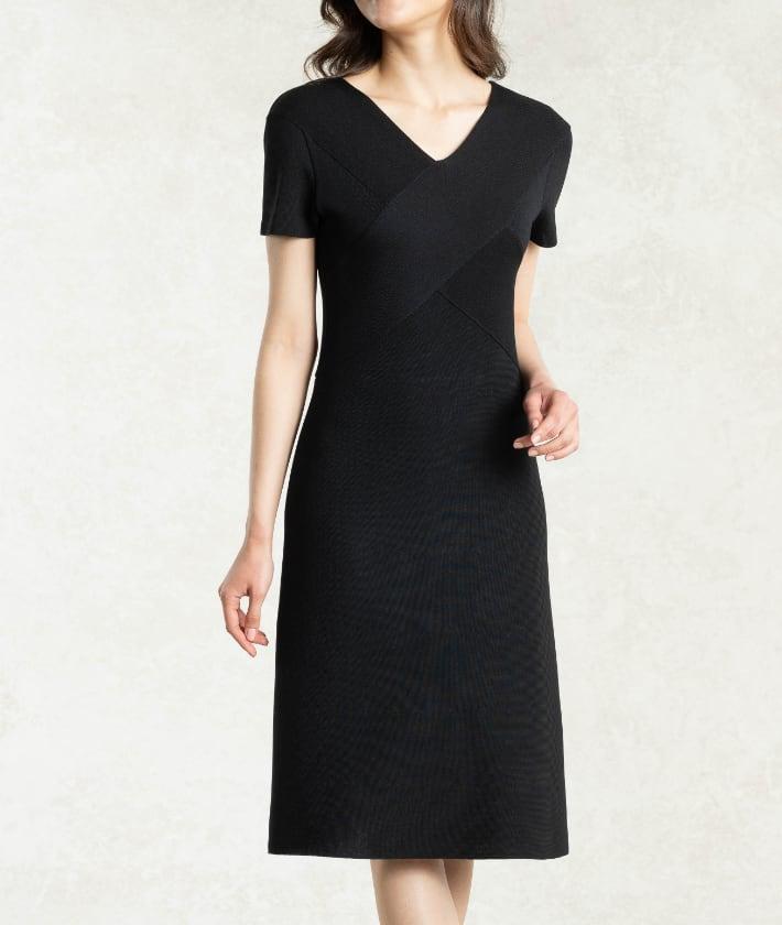 07_2_Thumbnail_Black_Olive_Cross_Knit_Dress.jpg