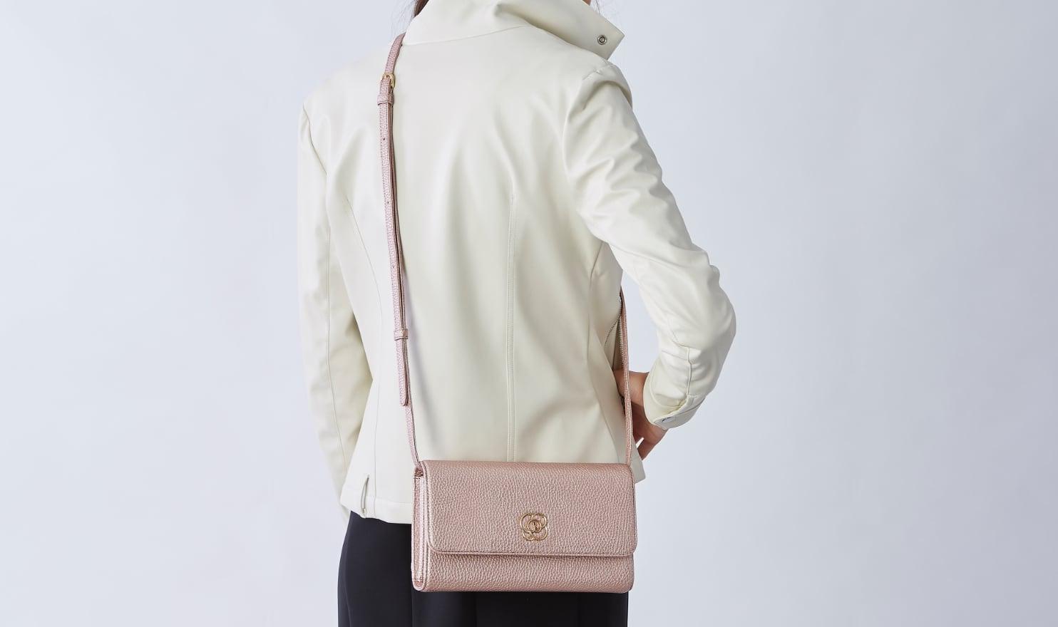29_Pocket_Wallet_Bag_Shoulder_Strap.jpg