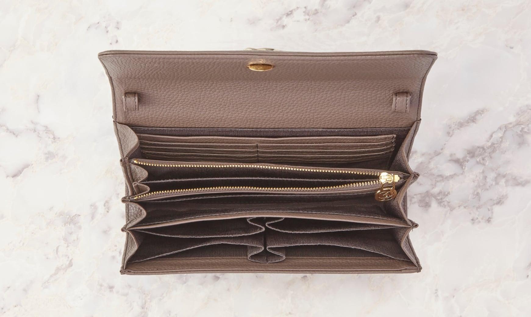 Champagne_Pink_Pocket_Wallet_Bag_Interior.jpg